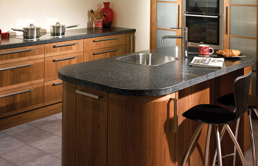 Island worktops maia for Kitchen units and worktops